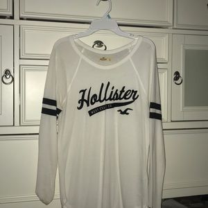 white hollister long sleeve